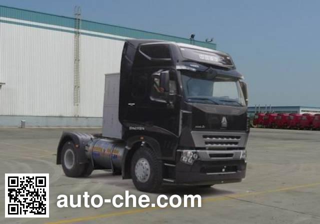Sinotruk Howo tractor unit ZZ4187N4217Q1LH