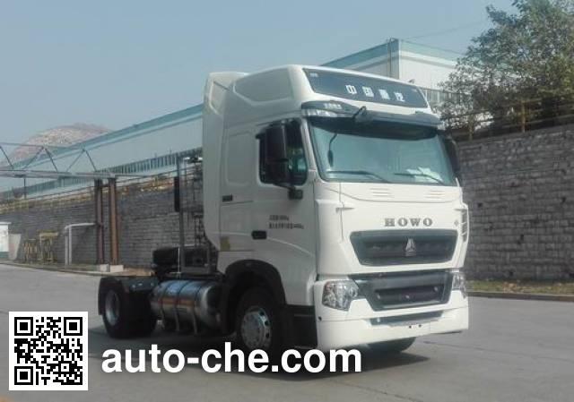 Sinotruk Howo tractor unit ZZ4187V381HE1L