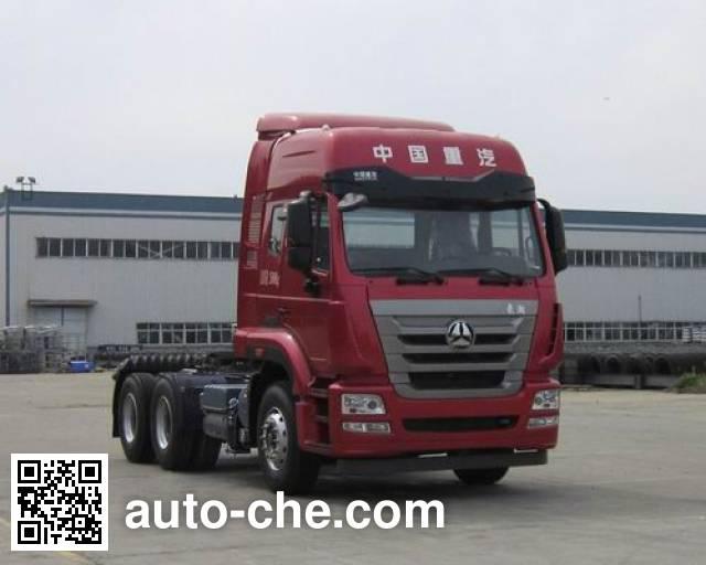Sinotruk Hohan tractor unit ZZ4255N3236E1