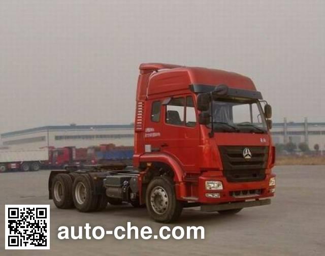 Sinotruk Hohan tractor unit ZZ4255N3246D1