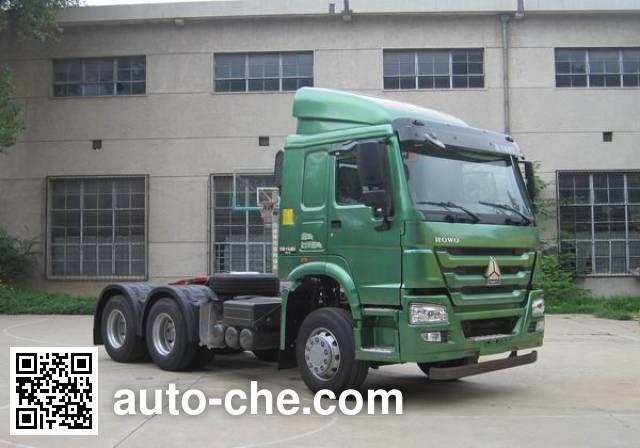 Sinotruk Howo tractor unit ZZ4257M3237D1