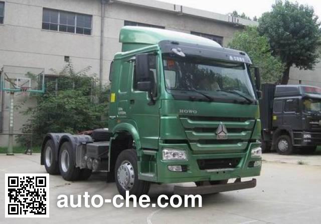 Sinotruk Howo tractor unit ZZ4257N3237D1
