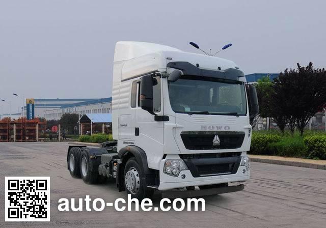 Sinotruk Howo tractor unit ZZ4257N324GD1