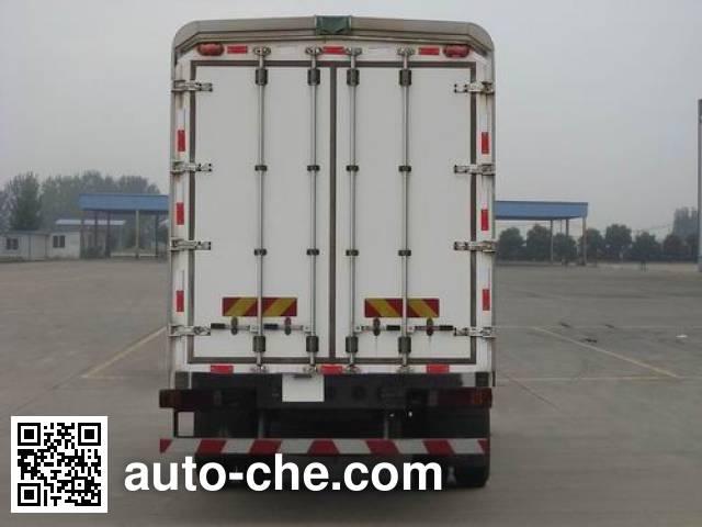 Sinotruk Hohan wing van truck ZZ5185XYKH7113E1