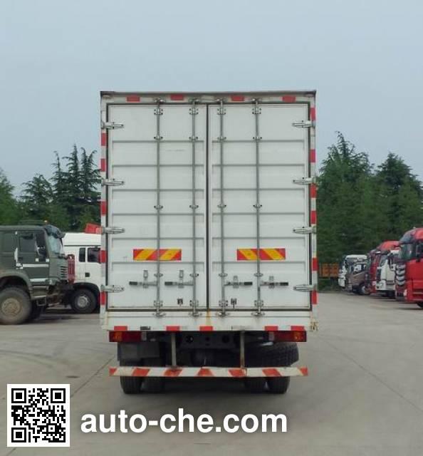 Sinotruk Hohan box van truck ZZ5325XXYN4663E1K