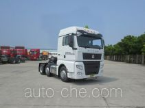 Sinotruk Sitrak dangerous goods transport tractor unit ZZ4256V26FHE1W