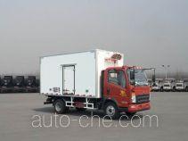 Sinotruk Howo refrigerated truck ZZ5107XLCG421CE199